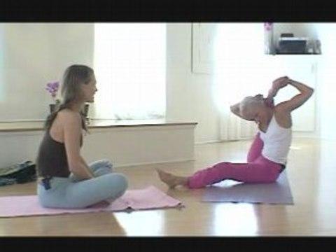 Molly Sims yoga