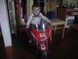 Au lendemain de mon Anniversaire , je fais de ma moto !