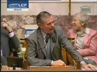 Standing Ovation à l'Assemblée Nationale (complet)