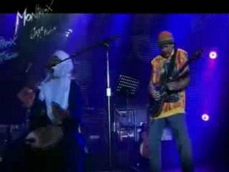 Tinariwen & Carlos Santana -  Amassakoul
