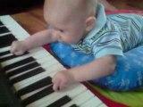 arthur on piano