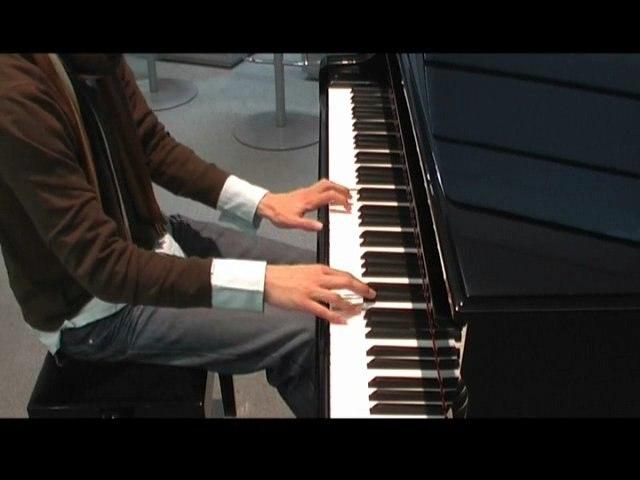 Air Piano Sexy Boy