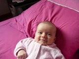 Ninon sur le lit
