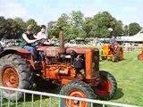 DÉFILÉ de tracteurs VENDEUVRE en 2004