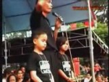 Two 8 Year Old Preachers prayed for Indonesian Muslims