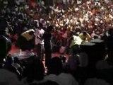 50cent se fait voler sa chaine pendant un concert (Angola)