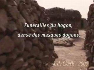 Funérailles du hogon, danse des masques dogons.