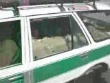 taxi mouton, c est un taxi qui transporte des moutons