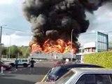 Pompier metier dangereux ?Violent feu d'entrepot