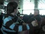Voyage Angleterre:Gros babouin qui viens de se reveiller!!!!