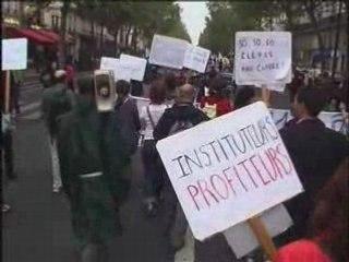 Manifestation enseignants parents élèves