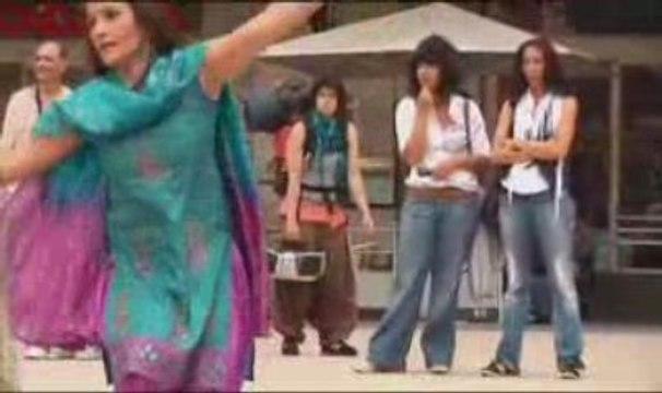 Quand Slumdog Millionaire fait danser Paris