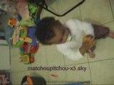 ma fille qui danse decale gwada a 12 mois
