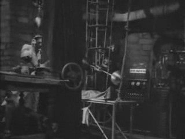 Frankenstein (1931) 2 of 7