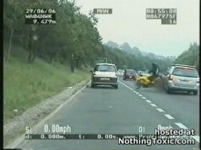 ACCIDENT DE MOTO EN DIRECT IMAGE CHOC !!!!!!!!!!!
