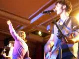 Showcase Privé, Jonas Brothers - Hold On