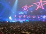 Avril lavigne - Skater Boy (Live Bruxelles)