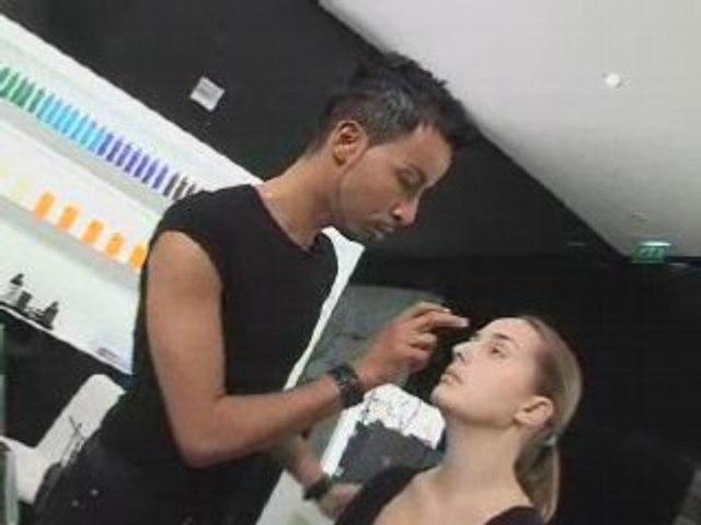 Réalisez un make-up liftant