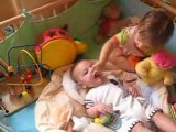 pas facile d'avoir une grande soeur!!!