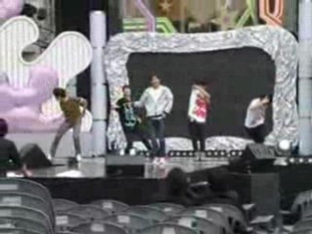 080523 Mnet Music Revolution SHINee rehearsal