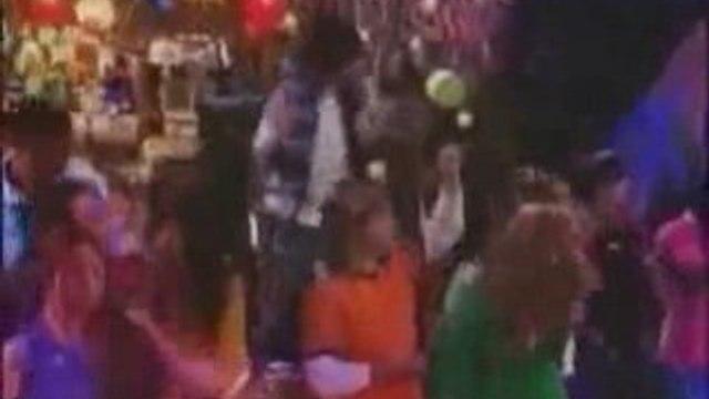 Hannah Montana ft Jonas Brothers - We Got The Party