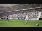 Hervé Mathoux défie son fils FIFA 09 - Foot - Jeux Vidéo