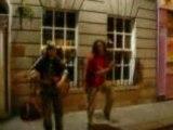 chanteur amateur  et danseur (bouré)-No woman no cry