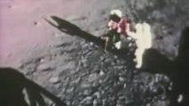 Mythbusters Moon Hoax Drapeau flottant (éxplication)