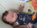 Rayane 2 mois dans le transat