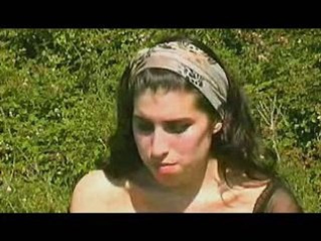 Amy Winehouse- Interview (BBC Collective Session 2003)