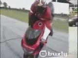 CRASH, wheeling, stunt et chute à MOTO