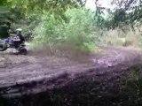 350 banshee et 350 raptor  drift sur boue