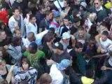 La foule 4 de la techno parade 2008 par omar najib