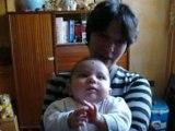 vidéo de mon petit neveu de 4 mois Maëly