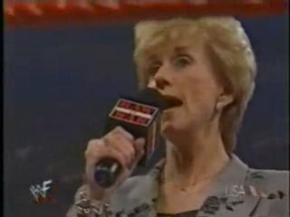 Linda Mcmahon shows she the CEO