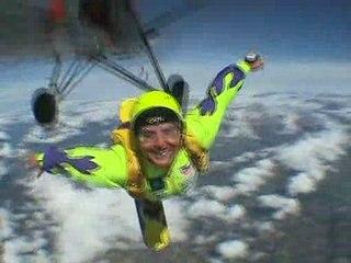 Skysurf / Blandine Perroud filmée par Cyril Lancry en 2006