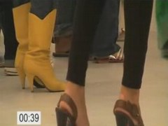 Yellow boots 69 seconds