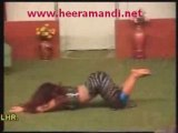 Sexy Pakistani stage mujra slim girl in wild dance