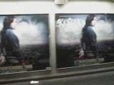 Kenza innonde Le Métro Parisien !! Sortie officielle de l'album : 17 Novembre 2008