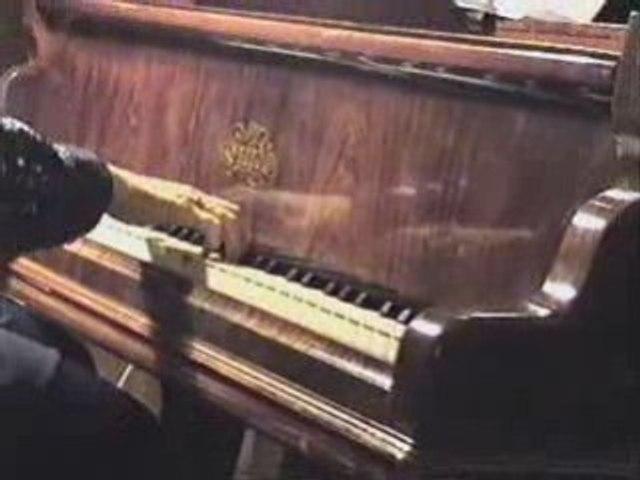 7/25 La última copa (Francisco Canaro/Juan Caruso) - 2000
