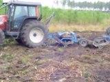 Tracteur valtra au débrousalige fôret de landes video4