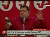 Chávez y su libro sobre el socialismo