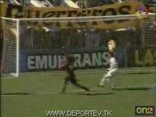 Gol errado de Fabbiani
