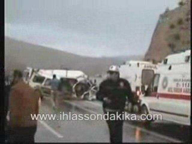 Malatya'da trafik kazası: 8 Ölü 91863