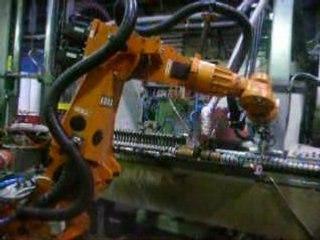 Erregi2 robot tempera manipolazione saldatura