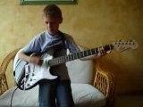 Tout le bonheur du monde - Sinsemilia (guitare électrique)