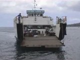 Mayotte : barger entre les deux îles.