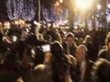 Marion Cotillard illumine les Champs-Elysées