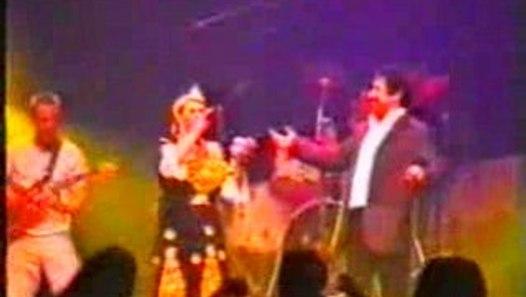 Cheb Khaled Et Chikha Jeniya Live A Paris