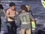 Attaque de Requin sur Surfeur - 4.5m Grands Requins Blancs